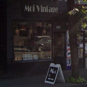 Moi Vintage Antique Shop